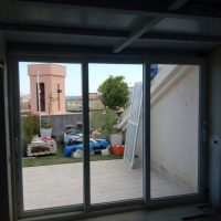 Puerta PVC abatible